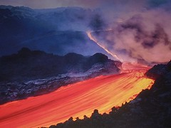 Randazzo - Un'eruzione dell'Etna fotografata su di un poster in un bar di Randazzo (Luigi Strano) Tags: italy lava europa europe italia sicily etna sicilia aetna randazzo lavastones colatalavica tna