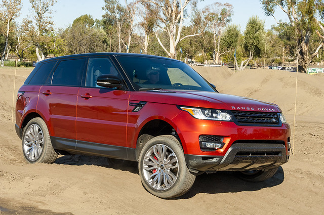 road red horses test sport disco drive off landrover equine camber evoque lr4 lr2 rangeroverdiscovery