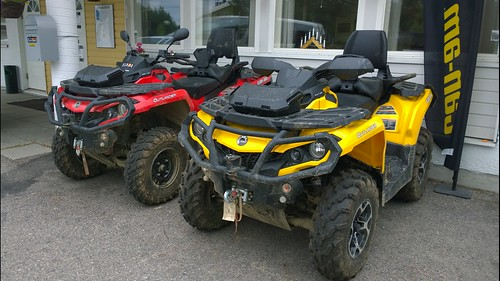 Yellow or red? #CanAm #Quad #Finland #Pureview