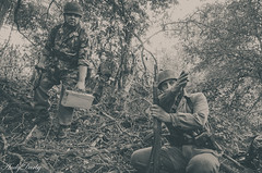 FJR5-7 (Andy Darby) Tags: bosworthfjr5 bosworth battlefield railway battlefieldrailway fjr5 fallschirmjager german reenactment uniform k98 mg42 ppsh41 marching war andydarby