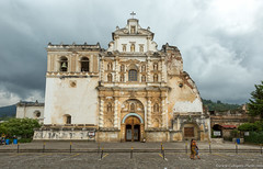22. Antigua Cuidad, Guatemala-9.jpg (gaillard.galopere) Tags: iptcnewscodes 12000000 2016 5d 5dmkiii apn america amrique antigua architecture canon ciudad concepts continentsetpays ef eos gt gtm guatemala iptcsubjects mkiii religionetcroyance travel ville voyages ameriquecentrale anne calle canonphotography ciel cielo cloud clouds cloudy eglise grandangle landscape landscapephotography nuage nuages nuageux nube nubes nublado old outdoor outdoorphotography paysage religionandbelief rue sky street ultrawideangle viejo vieux wideangle