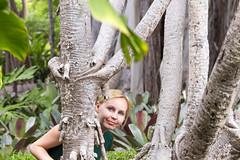 Jardin Botanico - Puerto de la Cruz (Piotr Kowalski) Tags: puertodelacruz jardinbotanico botanicgarden garden botanic flowers green ogród ogródbotaniczny spain espania hiszpania tenerife teneryfa canary canaryislands women laorotava tree