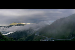 Qilai Mountain, Nantou, Taiwan (  ) (_Kuan) Tags: qilai mountain nantou taiwan       hehuan shan hualien  beautiful awesome clouds road