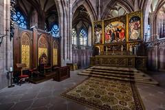 Freiburg Minster - Main Altar (der LichtKlicker) Tags: architecture minster church kirche altar highaltar hochaltar handheld mnster freiburg baden breisgau deutschland sacral sakrales lichtklicker fujifilm xt2 xf1024mm freiburger
