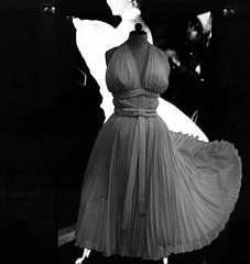 90 Years Ms Monroe, The Seven Year Itch (Miranda Ruiter) Tags: gown blackandwhite photography exhibition marilynmonroe sevenyearitch moviecostume amsterdam nieuwekerk