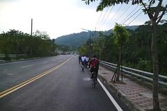 關西中豐路.往關西市區 (nk@flickr) Tags: 關西 kevin bobby taiwan 新竹 friend cycling 志明 台湾 cheven 20161105 台灣 guanxi hsinchu 阿強 canonefm22mmf2stm