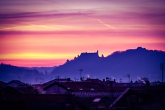The castle (erripollo) Tags: beautiful italy valsusa avigliana torino cloudy nuvoloso nuvole clouds cloud colori colors cold fall autumn enricopollone erripollo photography photo alba cielo nebbia tetti castello cityscape landscape fog sky roofs morning sunrise castle