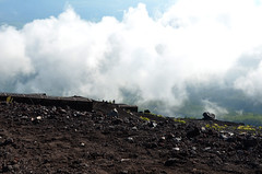 Mount Fuji Ring Cloud on Mountain (pokoroto) Tags: mount fuji ring cloud mountain  fujisan yamanashi prefecture   japan 8   hachigatsu hazuki leafmonth 2016 28 summer august