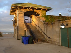 63rd Street beach house (find myself a city (1001 Afternoons in Chicago)) Tags: woodlawn