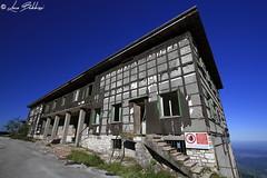 Ex Base NATO Monte Grappa (Luca Bobbiesi) Tags: nato coldwar abandoned decay montegrappa veneto canoneos7d canonefs1022mmf3545usm
