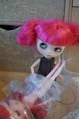 063/365 Freeing new sis (omgdolls) Tags: blythedoll blythe blythe365 adelaideskye dollypunk21 pureneemobody pink icy