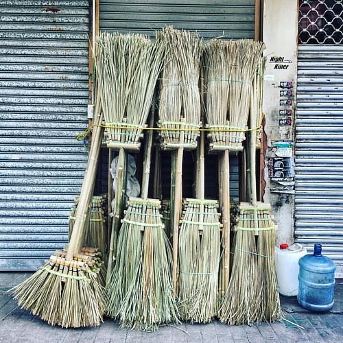 Keep HK clean!