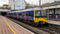 165105 (JOHN BRACE) Tags: 1992 brel york built class 165 dmu 165105 seen ealing broadway first great western livery