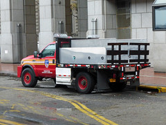 FDNY 02017 (Emergency_Vehicles) Tags: fire department new york fdny manhattan borough command