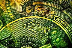 13 (donjuanmon) Tags: hmm macro donjuanmon money green brown arrow 13