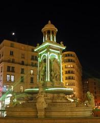 (Hellodelyon) Tags: nikoncoolpixp7100 lyon fêtedeslumières illuminations 2016 france nuit night fontaine fountain jacobins fdl2016 fetedeslumieres