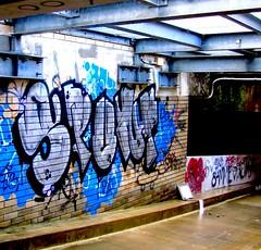 Rozelle July 2011 (janie.d (urban burbler)) Tags: streetart graffiti paint tag urbanart bomb balmain gooz
