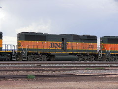 BNSF #330 (Arrowhead Fan) Tags: az bnsf winslow emd burlingtonnorthernsantafe gp60b