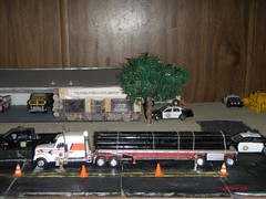 Safety  Inspection  checkpoint (THE RANGE PRODUCTIONS) Tags: truck toy model dodge 187 dioramas dodgecharger 18wheeler diecast hoscale 164scale freightlinercoronado diecastdioramas hoscalefigures