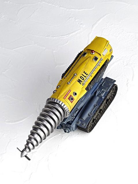 海洋堂 REVOLTECH Thunderbird  雷鳥神機隊 救難鑽地車