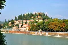 Verona : Castel San Pietro / Teatro Romano (Pantchoa) Tags: italy river nikon italia fiume verona nikkor adige verone d90 teatroromano castelsanpietro 1685f3556gedvr vision:outdoor=099 vision:sky=0797