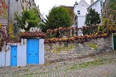Blue Doors (THEfunkyman) Tags: door blue paris building montmartre bleu porte 75018 immeuble faved