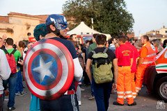 Capitan America (andrea.prave) Tags: game america comics movie cosplay manga games lucca comix fumetti cosplayer avengers 漫画 komisch capitano capitan costumi コスプレ cómico 祭り 节日 фестиваль historietas マンガ פסטיבל comique luccacomicsandgames telefilm コミック 2013 مهرجان 滑稽 tegneserier קומיקס رسوم bandesdessinées מנגה 香椿 φεστιβάλ コスプレイヤー تون комический комиксы pravettoni косплей komisk קומי манга 角色扮演者 andreapravettoni فكاهي красноедерево κόμικσ קוספליי هزلية المانجا تأثيري косплеер andreaprave