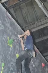 NYR_2659 (WK photography) Tags: chalk guelph climbing bouldering grotto rockclimbing chalkbag rockshoes bouldernight guelphgrotto