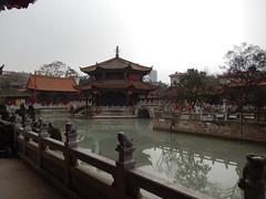 Yuantong Temple, Kunming, YN, China (Jaime JB) Tags: monument monumento buddhism landmark budismo culturallandscape patrimoniohistórico urbangeography humangeography historicalheritage geografíahumana religioustemple paisajecultural temploreligioso geografíaurbana