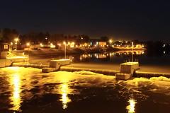 Opole (Marek vono) Tags: na most jaz noc piana opole rzeka brzeg zapora wiata kamienice wyspa opolu bolko nocne opolskie nadodr odry wyspie rzekaodra brzegodry