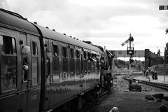 SVR 21301bw (kgvuk) Tags: trains railwaystation locomotive railways steamtrain svr steamlocomotive severnvalleyrailway kidderminster 462 battleofbritainclass 34053 kidderminstertownstation bulleidpacific sirkeithpark southernlocomotiveslimited