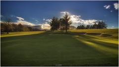18th in Autumn 16by9 (Jistfoties) Tags: harburngolfcourse harburn golf autumn canon5d canon24105f4 landscape westlothian green