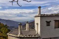 Alpujarra (Pepa Morente ( 1.500.000 de VISITAS )) Tags: alpujarragranadina capileira pampaneira granada dia soleado cielo bella bonita chimeneas tejado