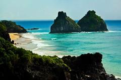 Cacimba do Padre (Rodrigo Valena) Tags: summer brazil praia beach brasil island paradise ile playa atlantic verano tropical vero plage isla paraiso ilha brasile nordeste atlantico esmeralda noronha