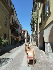 Cuneo - sedie per tutti... (Marco M82) Tags: 2013 italia italy centrostorico cn conì cuneo dmctz10 panasonicdmctz10 piemonte piedmont zooart piemont