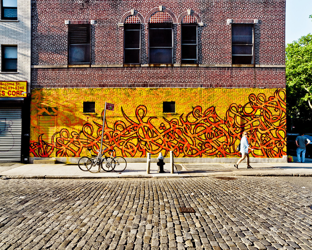 The world 39 s best photos of broome and manhattan flickr for Mural on broome street
