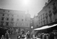 (heartshaped.) Tags: blackandwhite travelling film split prakticabc1