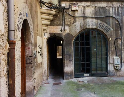 Chambery, allée place Saint Leger
