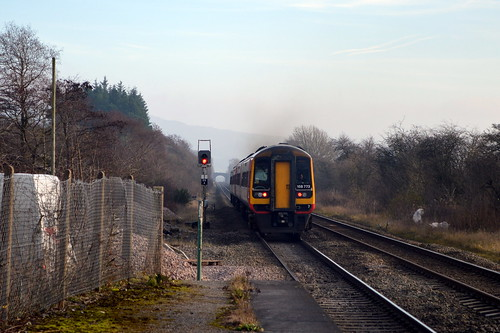 158773 on the rear of 158806 having past through Bamford with the 1L10 Liverpool Lime Street to Norwich service, 11th Dec 2013.