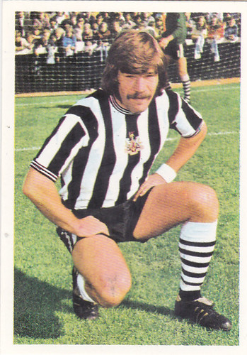 FOOTBALL STICKER-MACDONALD