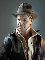 Hot Toys  DX05  Indiana Jones  Raiders of the Lost Ark  Close Up (My Toy Museum) Tags: hot lost toys jones action indiana figure ark raiders dx dx05