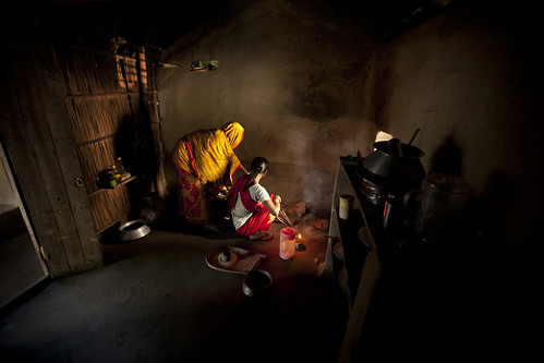 Cooking lunch in Khulna, Bangladesh. Photo by Felix Clay/Duckrabbit.