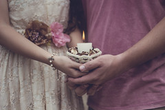 (Tc photography. Per) Tags: flowers boy love girl canon vintage photography 50mm hands natural romantic ideas peruvian accesories t3i usagibyrc