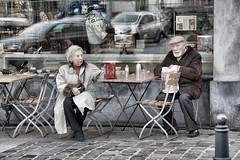 Le pain quotidien - Dernier volet - (phil1496) Tags: street portrait pain nikon couple view drink femme terrasse amour processing reflets mouton vélo homme vie vitrine petit vison déjeuner quotidien instants parler volés tournier d7100 papotage decourcelle