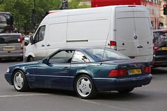 SL 500 (kenjonbro) Tags: uk blue england london westminster mercedes 1996 trafalgarsquare mercedesbenz 1997 charingcross sw1 sl500 worldcars kenjonbro canoneos5dmkiii canonzoomlensef70300mm1456isusm r861fgx