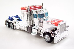 Silver Knight Optimus Prime Alt Mode (thenatureboywoo) Tags: silver out prime age transformers target knight optimus exclusive extinction autobots chromed blinged