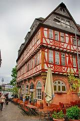 Haus Wertheym (Smiley Man with a Hat) Tags: germany deutschland frankfurt main altstadt frankfurtammain romerberg 2014 fachwerkhaus hauswertheym halfwoodenhouse