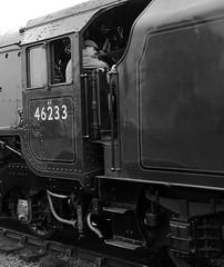 SVR 21659bwcr (kgvuk) Tags: trains railwaystation locomotive railways steamtrain duchess svr steamlocomotive severnvalleyrailway kidderminster 462 duchessofsutherland 6233 kidderminstertownstation 46233 princesscoronationclass