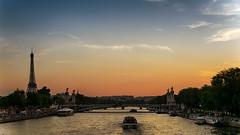 Paris 2014 (2 av 4) (Mauritzson Foto) Tags: sunset summer sky paris france seine boat europe eiffeltower latoureiffel frankrike quaidestuileries parisiledefrance portdelaconcorde
