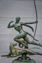 Paul Manship - Diana and a Hound, 1925 (Sculpture) at National Gallery of Art Washington DC (mbell1975) Tags: sculpture art statue museum paul smithsonian dc washington districtofcolumbia gallery museu unitedstates fine arts hound muse musee diana national american museo muzeum 1925 nga finearts beaux beauxarts mze gallerie manship